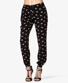 @Dana Jackson I'm buying and wearing these. EVERY DAY WE HANG OUT. Cheetah Print Harem Capris | FOREVER21 - 2037151709