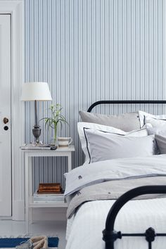 The Lexington Company is known for offering luxury designs in home textiles and apparel for men and women, inspired by New England style' - trends. Shop for the latest home collections & clothing from Lexington! Unique Wallpaper, Of Wallpaper, Lexington Company, Lexington Home, New England Style, Striped Wallpaper, Blue Wallpapers, Home Collections, Interiores Design