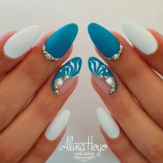 Hottest Almond And Oval Nails To Get You Inspired Do you want to easily find your favorite almond nails and oval nails? We have the hottest almond and oval nails for you. Enjoy these amazing nails art in your spare time! We hope to have your favorite. Beautiful Nail Art, Gorgeous Nails, Pretty Nails, Amazing Nails, Turquoise Nail Designs, Nails Turquoise, Hair And Nails, My Nails, Black Nails