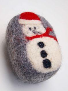Χριστουγεννιάτικα σαπούνια ελαιόλαδου για φυσική απολέπιση.