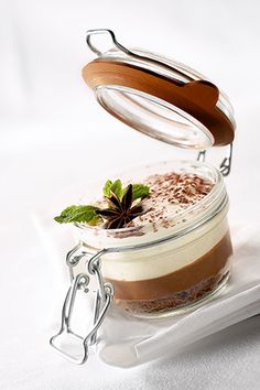 Tiramisu @ Restaurant Guy Lassausaie. Restaurant of a Grand Chef Relais & Châteaux in the country. 1 rue de Belle Sise, 69380 Chasselay (Rhône-Alpes). France. #tiramisu #relaischateaux #desserrt