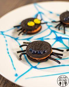 Oreo spider cookies recipe, so cute!