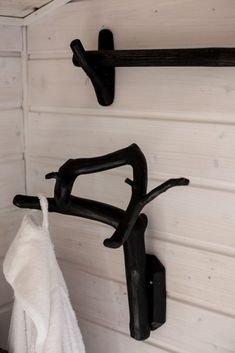 kuvisa-9 Wishbone Chair, Cottage, Summer, House, Furniture, Ideas, Home Decor, Summer Time, Decoration Home