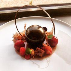 Gastro art | Chocolate and raspberry