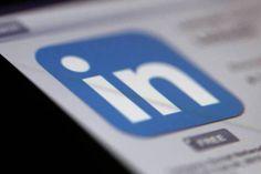 """Diferentemente do Facebook, o LinkedIn revela quem são os seus """"stalkers"""". Veja como usar essa informação para impulsionar a sua carreira"""