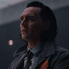 Marvel E Dc, Loki Thor, Tom Hiddleston Loki, Loki Laufeyson, Marvel Avengers, Loki Aesthetic, Husband Appreciation, Man Thing Marvel, Beautiful Person