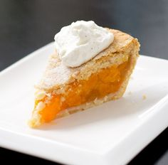 Vanilla Bean Peach Pie -