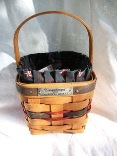 Vintage Longaberger Basket Small 1993 by AtomicTreasureHunter, $20.00