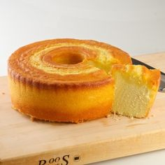 Anna Mary's Butter Five-Flavor Pound Cake $25.00