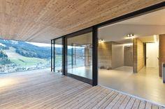 Terrasse_Holzverkleidung_Glasfront Garden Inspiration, Home And Garden, Windows, Future, Room, Home Decor, Patio, Wooden Panelling, House