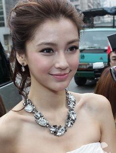 Asian Hair And Makeup, Asian Bridal Makeup, Hair Makeup, Beautiful Girl Image, Beautiful Asian Women, Bride Makeup, Wedding Makeup, Korean Beauty, Asian Beauty