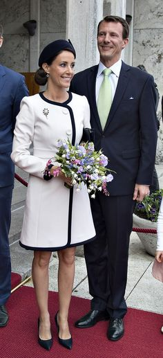 La Reine Margrethe II a fêté ses 75 ans dans la ville de Aarhus suivi d'un déjeuner à l'hôtel de ville et d'un spectacle en présence de la famille royale. 9 Avril 2015