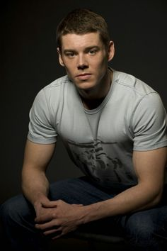 Brian J. Smith (The Glass Menagerie)
