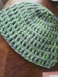 Crochet beanie using two strands of yarn - freestyle