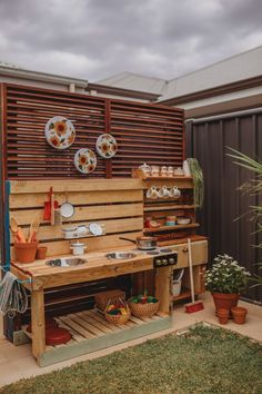 The Mud-kitchen We Made Our Kids, From Recycled Everything. – Miss Kyree Loves Outdoor Play Kitchen, Diy Mud Kitchen, Mud Kitchen For Kids, Kids Outdoor Play, Outdoor Play Areas, Kids Play Area, Backyard For Kids, Granite Kitchen, Kitchen Backsplash