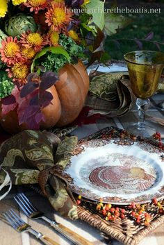 DIY:: Beautiful Thanksgiving Centerpiece And Table !