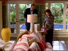 rory s pool house Rory Gilmore, Gilmore Girls Set, Gilmore Girls Quotes, Babe Cave, Home Tv, Pool Houses, Decoration, Pink And Green, House Design