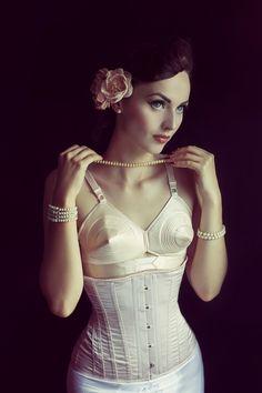 Idda van Munster. in retro lingerie (harness) | Retro Inspired Glamour