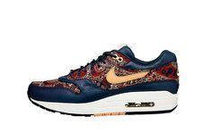 Nike and Liberty mash up LOVE LOVE!  only 120 pounds x 17 = R2'040 ( SA rands:) )