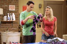 The Big Bang Theory star Kaley Cuoco shows the Friends cameo she wanted - Hd Wallpapers Free Pics Johnny Galecki, Jim Parsons, Kaley Cuoco, Livingston, Big Bang Theory, The One, Bbc, Penny And Sheldon, Chuck Lorre