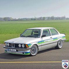 Classic Hot Rod, Bmw Classic, Weird Cars, Cool Cars, Golf Mk1, Bmw E21, Classic Road Bike, Bmw Alpina, Bmw Cars