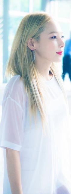 K.A.R.D Somin | White angel