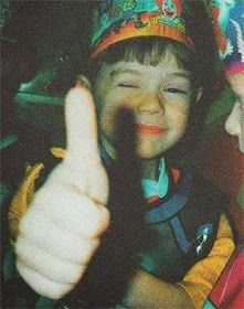 Harry Styles Lindo, Fetus Harry Styles, Harry Styles Cute, Harry Styles Pictures, Harry Edward Styles, Gemma Styles, Harry Styles Imagines, Fetus One Direction, Emo Girls