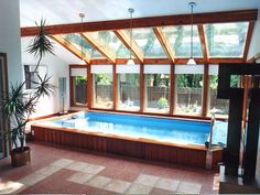 Awesome 33 Newest Indoor Swimming Pool Design Ideas That You Need To Try. Swimming Pool House, Indoor Swimming Pools, Swimming Pool Designs, Lap Pools, Small Indoor Pool, Small Pools, Living Pool, Piscina Interior, Pool House Plans