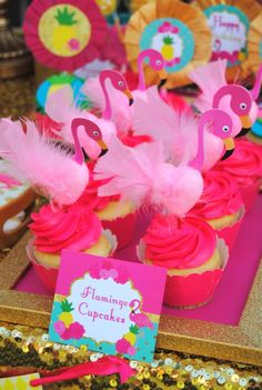 FLAMINGO Party cupcakes - FOOD LABELS - Flamingo Printables - Pineapple Party - Luau Party