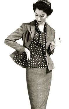 1950's fashion - Dovima in daywear 1955