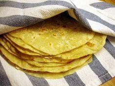 libyan food: Libyan stove top flat bread: Ftat Misrati فتات مصراتى
