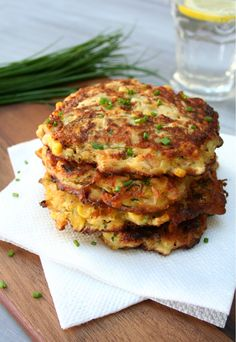Sweet Corn and Zucchini Fritter Cakes is the perfect end to Summer. Make these for any special side dish or even smaller cakes to serve for appetizers. Zucchini Muffins, Zucchini Fritters, Ricotta Fritters, Sweet Corn Fritters, Veggie Recipes, Vegetarian Recipes, Cooking Recipes, Sweet Corn Recipes, Sweet Corn Cakes