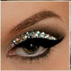 Rhinestone Eyes Wedding Makeup