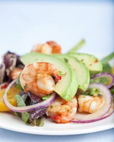 Seared Shrimp Salad Along with being quick and easy, chef Emeril Lagasse's seared shrimp salad is a light and refreshing meal on a warm-weather evening. The sweet and savory dressing includes orange juice, honey, soy sauce, and chile flakes for kick. Shellfish Recipes, Shrimp Salad Recipes, Seafood Recipes, Cooking Recipes, Healthy Recipes, Prawn Salad, Seafood Salad, Avocado Recipes, Lunch Recipes