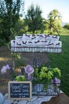Great idea for a rustic/outdoor country wedding: Lavender sachet favors. Make them yourself!