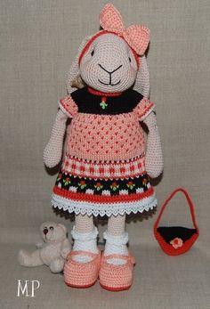 Marion P.  Inbreipatroon SuzyMarieKnits little cotton rabbits
