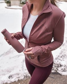 Fitness Routine and lululemon Workout Wear best athleisure outfit from lululemon including the all the right places crop pants Cute Workout Outfits, Fitness Outfits, Workout Attire, Workout Wear, Fitness Fashion, Barre Workout, Fitness Style, Workout Style, Fitness Wear