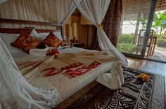 Bedroom in luxury villa. www.zanziresort.com