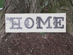Upcycled pallet sign: HOME