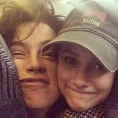 Onde o core six (Cheryl, Toni, Jυgheαd, Betty, Veronicα e Archie) têm… # Fanfic # amreading # books # wattpad Cole M Sprouse, Cole Sprouse Jughead, Dylan Sprouse, Riverdale Netflix, Bughead Riverdale, Riverdale Memes, Archie Comics, Camila Mendes Riverdale, Lili Reinhart And Cole Sprouse