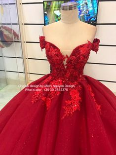 Champion billed quinceanera dress inspos learn the facts here now Ball Gown Dresses, 15 Dresses, Pretty Dresses, Beautiful Dresses, Fashion Dresses, Mexican Quinceanera Dresses, Red Wedding Dresses, Reception Dresses, Wedding Reception