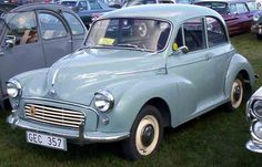Morris Minor 1000. This looks very much like my Morrie.