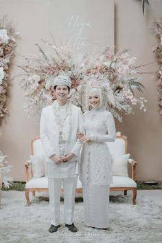 Muslim Wedding Gown, Malay Wedding Dress, Kebaya Wedding, Muslimah Wedding Dress, Muslim Wedding Dresses, Wedding Hijab, Wedding Poses, Wedding Couples, Wedding Attire