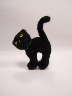 Needle felted black cat brooch by ArteAnRy on Etsy, Felt Brooch, Felt Hearts, Cat Art, Pretty Little, Needle Felting, Merino Wool, Something To Do, Dinosaur Stuffed Animal, Purses