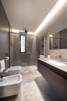 Most Beautiful Bathroom Design With Modern Bathtub Ideas 18 - kindledecor Bathroom Design Luxury, Modern Bathroom Design, Home Interior Design, Bathroom Designs, Modern Bathtub, Small Bathroom Storage, Shower Remodel, Trendy Home, Beautiful Bathrooms