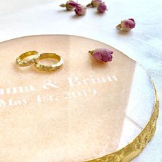 PETRA MARK | Perfect wedding gift. Your names and wedding date, engraved forever in portugal marble. Decorated by hand with 24k gold.Marble luxury accessories. Gold Marble, Petra, Perfect Wedding, Wedding Gifts, Portugal, Names, Stone, Luxury, Interior