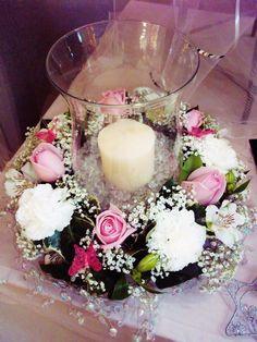 Table centre - hurricane vase arr pink/white