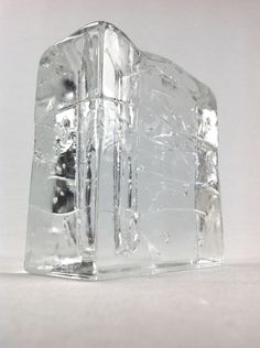 1000 images about glass crystal glas kristall on pinterest vase vintage designs and. Black Bedroom Furniture Sets. Home Design Ideas