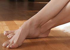 pés fotogénicos: Unhas pintadas à francesapés fotogénicos