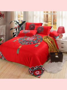 Chinese Knot Wedding Red Bedding Set Cotton Home Textiles Vintage Quilt Cover Pillowcase Bed Sheets for Queen - King Size Bed Country Bedding Sets, Red Bedding Sets, Luxury Bedding Sets, Grey Bedding, Red Comforter, Master Bedroom Interior, Bedding Master Bedroom, Bedroom Black, Bed Sets